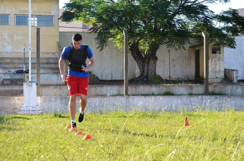 Goleiro de Caçapava sonha com vaga no time principal do Inter