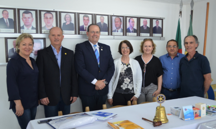 Visita do Governador do Distrito 4.780 do Rotary Club Internacional