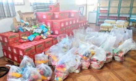 Prefeitura entrega cesta merenda-escolar para mais de 1.300 alunos